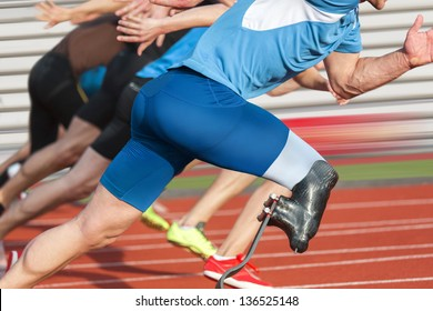 Handicapped sprinter starts short track race with unhindered athletes