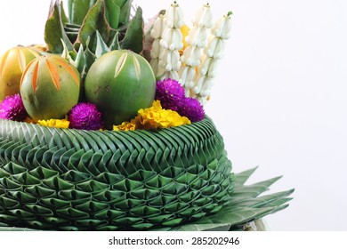 Handicrafts from banana leaves