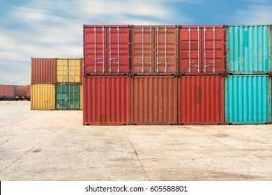 Handling stack of container shipping, Container shipping yard.