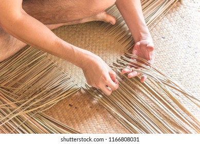Handmade baskets workshop with dry sedge (kajood, Bulrushes, Lepironia Articulata) in home stay at Thale Noi, Phatthalung, Thailand.