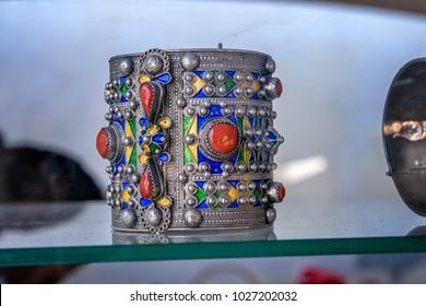 handmade berber bracelet in silver from kabyle