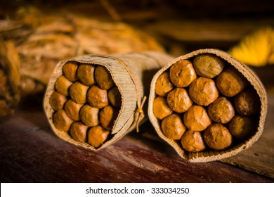 Handmade cigar live preparation, artisan made and packed