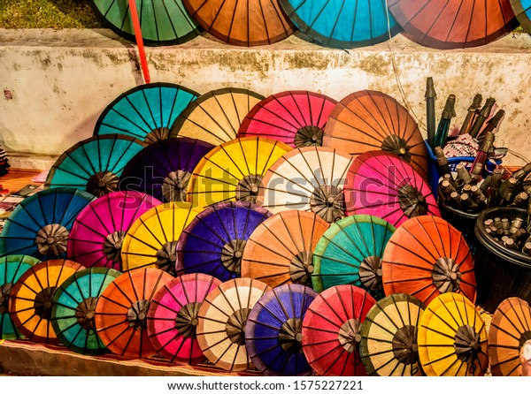 handmade-colorful-paper-parasols-umbrell