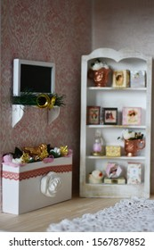 Handmade dollhouse living room for girls, with furniture made of wood