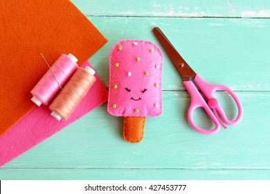 Handmade felt ice, felt food toy. Summer textile craft project. Summer crafts for kids. Idea for summer camp arts. Felt sheets, scissors, thread, needle. Creative diy embroidery