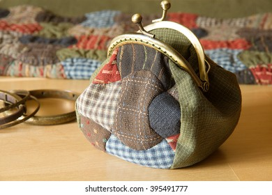 Handmade handbag with fermoir clasp in patchwork style