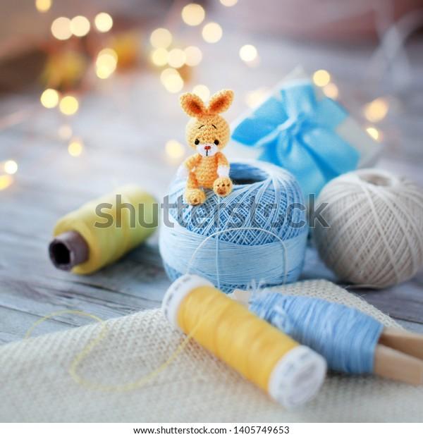 Billy the Blue Bunny – Tiny Rabbit Hole by Angie | 620x600