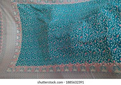 Handmade shawls - Shawl Weaving Hand Weaving Machine Live - Kashmir Hand Embroidered Shawl Making at Islampur Swat Mingora in Khyber Pakhtunkhwa