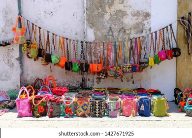 Handmade Wayuu Bags at a flee market in Colombia