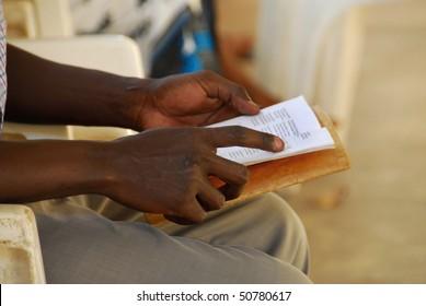 hands of an African