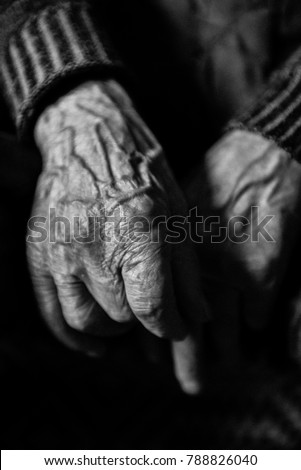hands-elderly-man-450w-788826040.jpg