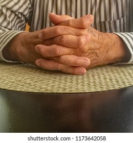 Hands of elderly man with rheumatoid arthritis