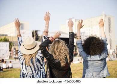 Hands up and have fun