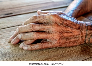 Hands of an old man. zad