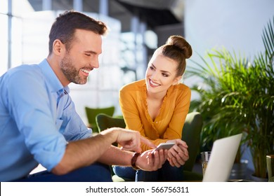 Dating online sigillare laffare miglior sito di incontri Internet del Regno Unito