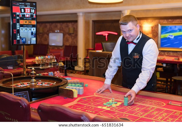 Can roulette dealers cheat