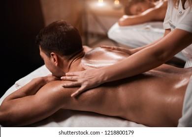 Homme massage nu pour Massage Sexy