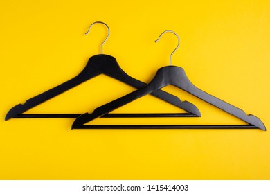 Hangers with the lower crossbar, which allows you to hang not only a shirt, but also jeans, pants. Clothes hanger for the upper part of the body.
