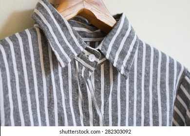 Hanging black and white linen shirt
