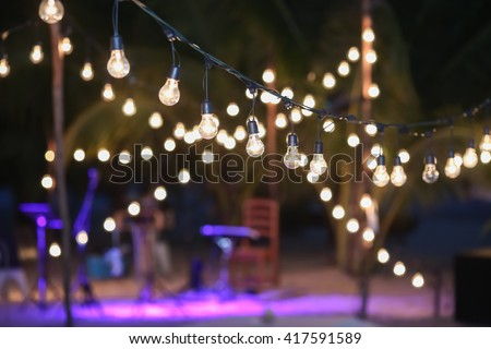 hanging decorative lights wedding party の写真素材 今すぐ編集