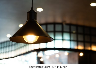 hanging light lamp interior decoration in coffee shop