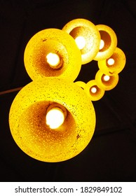 the hanging  yellow lights in series