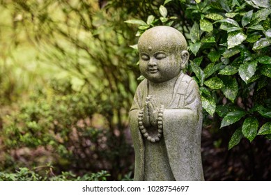 Hangzhou Lingyin Temple statue of a small sand