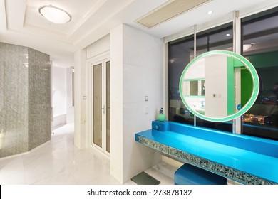 Hangzhou,China-April 22,2014:China decorated bath room interior of Dragon Hotel.