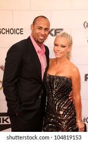 "Hank Baskett, Kendra Wilkinson at Spike TV's 2012 ""Guys Choice"" Awards, Sony Studios, Culver City, CA 06-02-12"