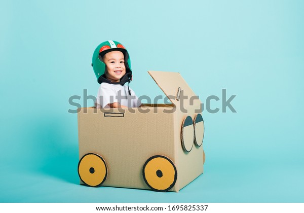 happy-asian-children-boy-helmet-600w-169