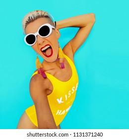 Happy Blonde Summer Beach look. Beach party vibes