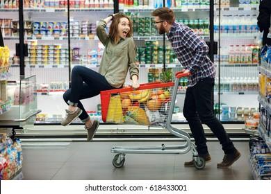 Family Supermarket Cart Images Stock Photos Vectors