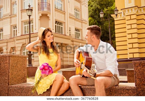 för närvarande dating kändisar gratis college student dejtingsajter