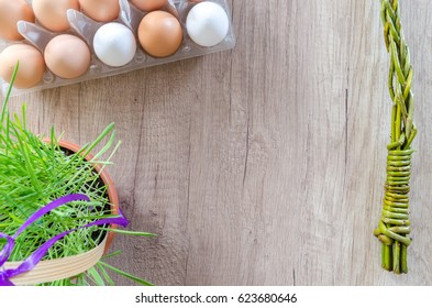 Happy Easter on wooden table