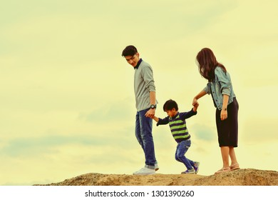 Happy family On a family holiday, have fun together. This will be the smile of parents