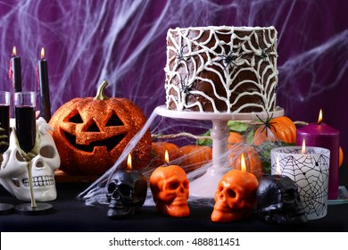 happy-halloween-party-table-chocolate-26