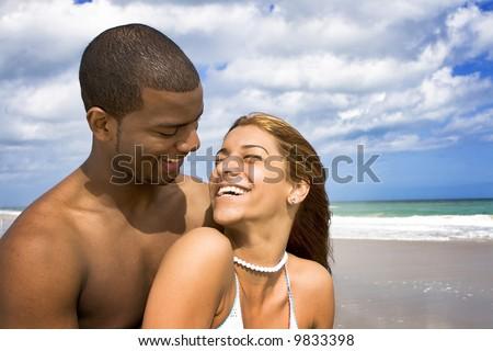 Interrassische Datierung hispanisch und weiß