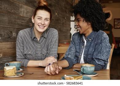 Two strangers nailing at the homosexual bar