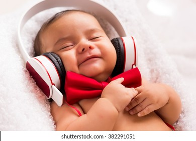 I'm happy, listen music