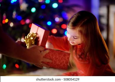 Christmas gifts for parents diya