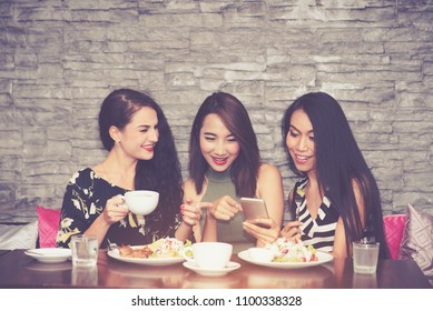 Happy Multiracial Friends Having Fun and Laughing Hangouts in Restaurant and Coffee Shop in Weekend - Lifestyle Concept