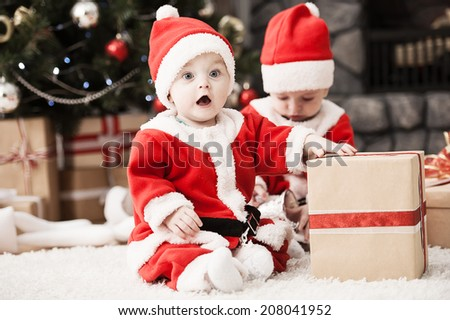 a2f433f1a2b Happy Small Boys Santa Hat Present Stock Photo (Edit Now) 208041952 ...