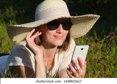 High Speed Cellphone Images, Stock Photos & Vectors | Shutterstock