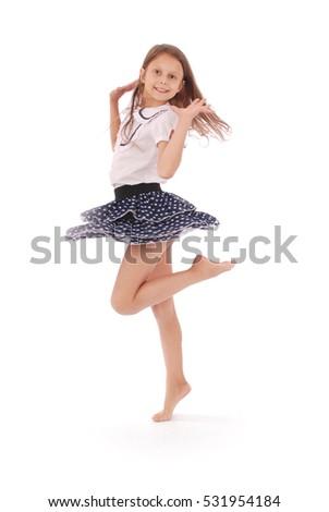 junge-teenager-tanzen-galerien-edelstein-und-jennifer