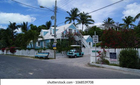 HARBOUR ISLANS, ELEUTHERA. BAHAMAS - MARCH 15, 2017. Blue house from down town