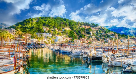 Harbour of Porte de Soller, Palma Mallorca, Spain
