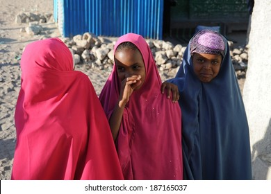 HARGEISA, SOMALIA - JANUARY 8, 2010:Unidentified Somalis in the streets of the city of Hargeysa. City in Somalia, capital of unrecognized state of Somaliland. Much of the population lives in poverty.