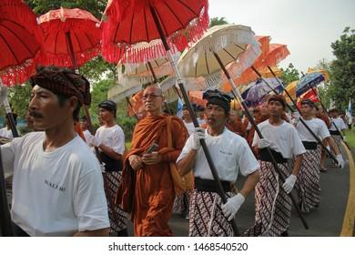 Hari Besar Waisak Magelang, Jawa Tengah-Indonesia. Mei, 18-2019. , Vesak day in Borobudur temple, buddhist from around the world come to celebrates vesak day in Borobudur temple and light a lampion