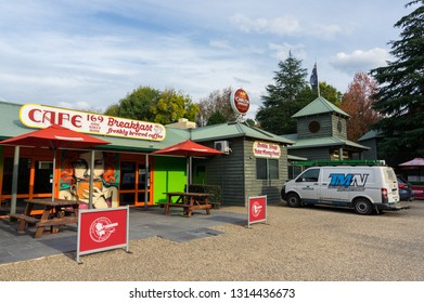 Harrietville, Australia - May 2, 2018: the Harrietville Hotel Motel and the Cafe 169. Harrietville is situated on the Great Alpine Road.