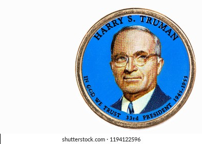 Harry S. Truman Presidential Dollar, USA coin a portrait image of HARRY S. TRUMAN in God We Trust 33rd PRESIDENT 1945-1953 on $1 United Staten of Amekica, Close Up UNC Uncirculated - Collection